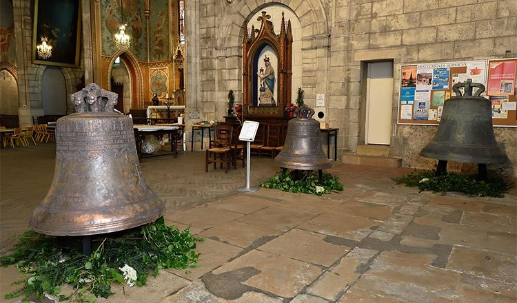 restoring a bell: the event